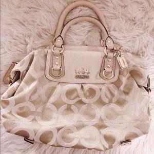 COACH medium size purse!